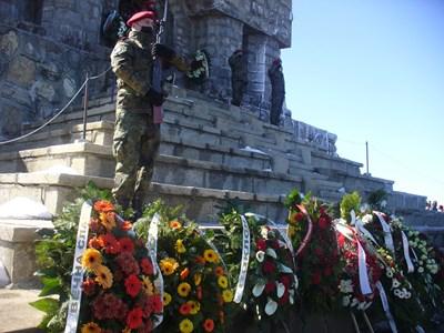 Трети март - ден на всенародната признателност на връх Шипка.  СНИМКА: Ваньо Стоилов