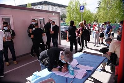 Множество изнесени имунизационни пунктове ще работят и този уикенд   СНИМКА: ВЕЛИСЛАВ НИКОЛОВ