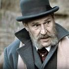 """Бен Крос в ролята на английския вицеконсул Уайт във филма на Анри Кулев """"Имало една война"""""""
