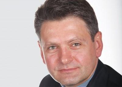 Цветан Василев щял да даде безвъзмездно на Малофеев активи за 1,5 млрд. евро, пише Малинов