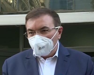 Здравният министър проф. Костадин Ангелов Кадри: Фейсбук