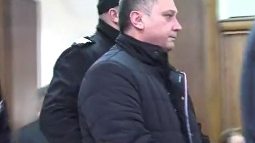 От втори опит - 30 години затвор за убиец, умъртвил жена си с 17 удара с нож в Пещера