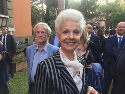 Райна Кабаиванска на приема в посолството ни в Рим. СНИМКИ: Авторката