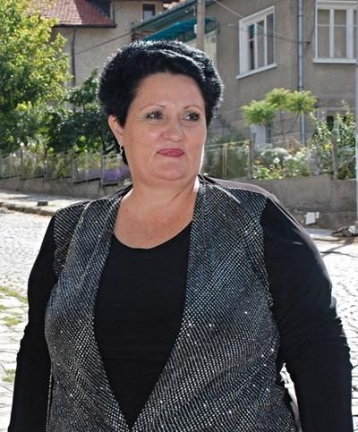 Д-р Нели Пандова