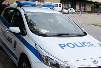 Разследват грабеж на 20-годишен във Велико Търново