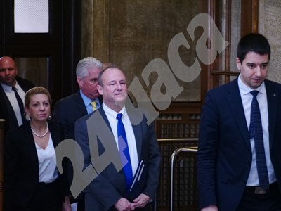 Американският посланик Ерик Рубин влезе в Министерския съвет за среща с премиера Бойко Борисов. Снимка: Йордан Симеонов СНИМКА: 24 часа