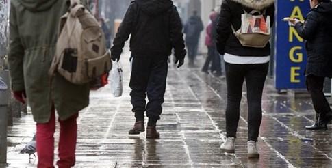 Поледиците изненадоха софиянци рано сутринта. Снимка: Велислав Николов