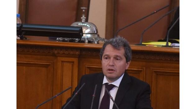 """Тошко Йорданов: Коалиция само с ДБ и """"Изправи се! Мутри вън"""", без партии от статуквото"""