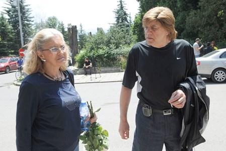 Светла и Борислав Грънчарови са най-близките приятели на Гуджунов от 1963 г.