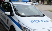 Арестуваха шофьор без книжка, карал нередовна кола, блъснал се в Сухиндол и избягал