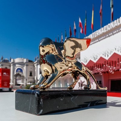 """Кинофестивалът, на който се раздават наградите """"Златен лъв"""", ще се проведе от 2 до 12 септември."""
