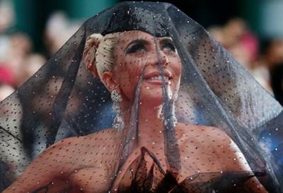 Лейди Гага на кинофестивала в Торонто СНИМКИ: РОЙТЕРС
