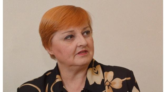 Коя е митичната Ани Крулева, издигнала Бойко Рашков