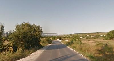 Катастрофата е станала по пътя Белослав - Варна   СНИМКА: Гугъл стрийт вю