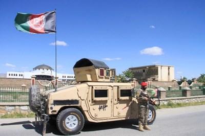 Самоубийствен атентат в Кабул Снимка: Ройтерс