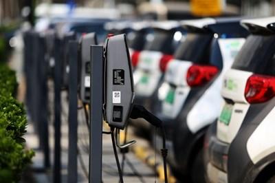 Китайската провинция Гуейджоу планира да изгради 38 000 зарядни станции за електромобили до 2023 г.