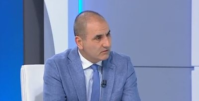Председателят на партия ГЕРБ Цветан Цветанов. Кадър: БНТ
