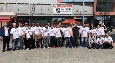 Екипът, който участва в обновяването на пешеходната зона
