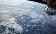 """""""Спейс екс"""" изведе в орбита 60 спътника за глобалния интернет (Видео)"""