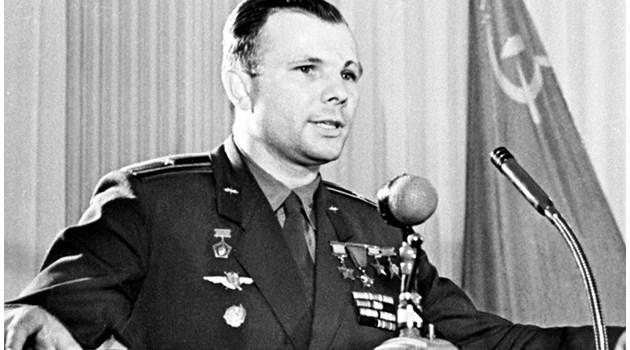 Как умря Юрий Гагарин: Витаят съмнения, че е загинал при тренировъчния полет