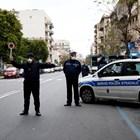 Затвор за мъж, изплюл се върху жандармеристи и им казал, че е заразен с COVID-19 СНИМКА: Ройтерс