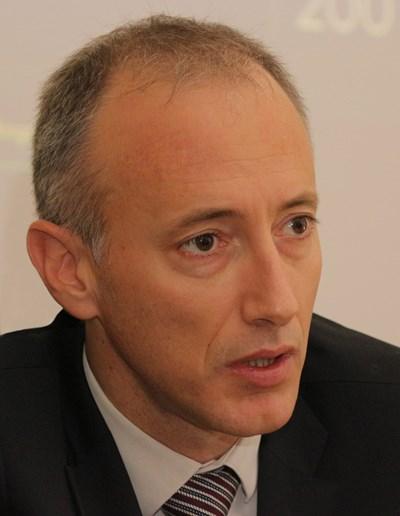 Министърът на образованието Красимир Вълчев е изпратил до директорите на училища писмо с препоръки за времето на пролетната ваканция.