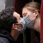 Има шанс задължителното носене на маски да откаже двойките да се карат толкова често, тъй като говоренето с тях не е много удобно.