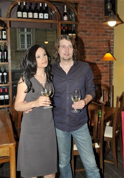 Певицата заедно със съпруга си Ханес  СНИМКИ: БУЛФОТО