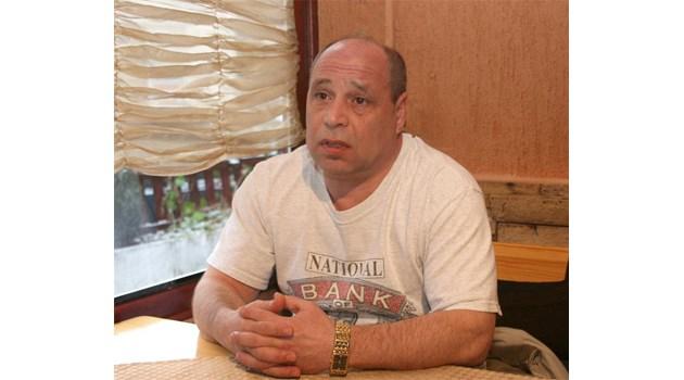 Янко Русев: Избягах от азерите, искаха титла дори с цената на химия