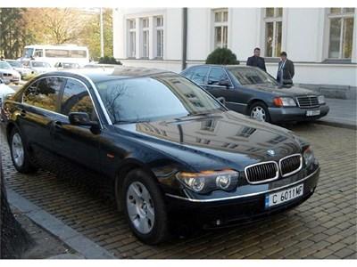 Подмяната на автопарка на парламента ще започне с 31 нови коли.