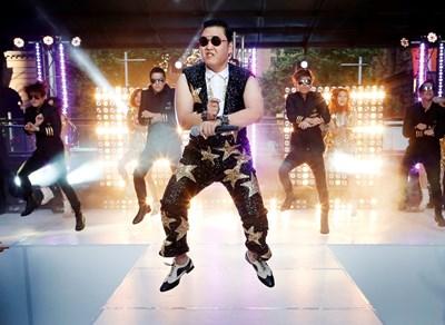 През 2012 г. корейският рапър PSY завладя интернет с песента си Gangnam Style, която има над 3,2 млрд. гледания в ютюб. СНИМКА: РОЙТЕРС