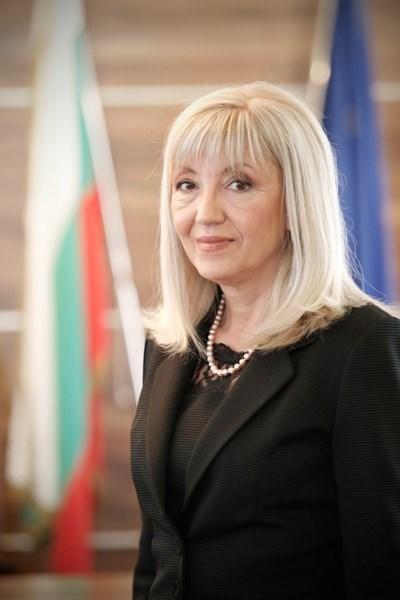 Петя Аврамова СНИМКА: Пресцентър на Министерство на регионалното развитие и благоустройството