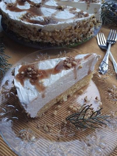 Торта с кисело мляко и извара