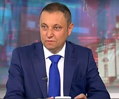 Яне Янев КАДЪР: НОВА ТВ