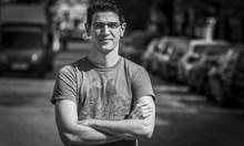 Емил Джасим - учителят по българска история с корени от Вавилон