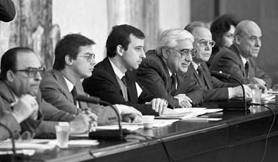 7 години преди началото на прехода Андрей Луканов е поръчал база данни с кандидати за бъдещи лидери.