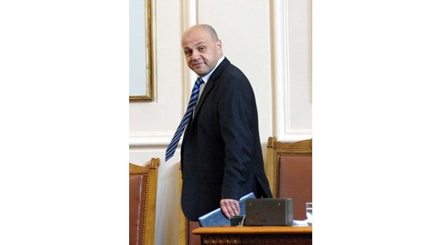 Томислав Дончев: Опитите за дестабилизация отвътре са неуспешни, затова пробват отвън