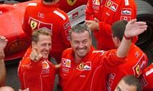 Под гумите на камион загива авторът на най-големия шпионски скандал във Формула 1