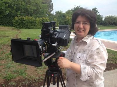 Милена Стойкова е завършила операторско майсторство.