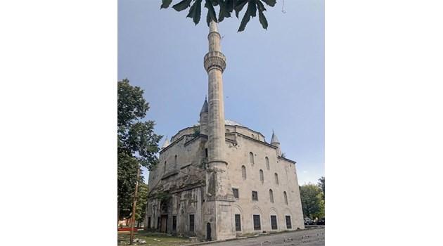 Ислямисти съсипват джамията в Разград