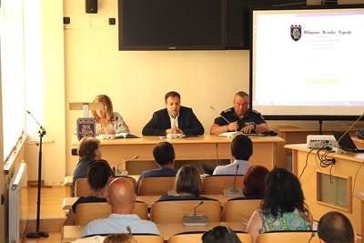 На среща в общината представиха новия уеб портал