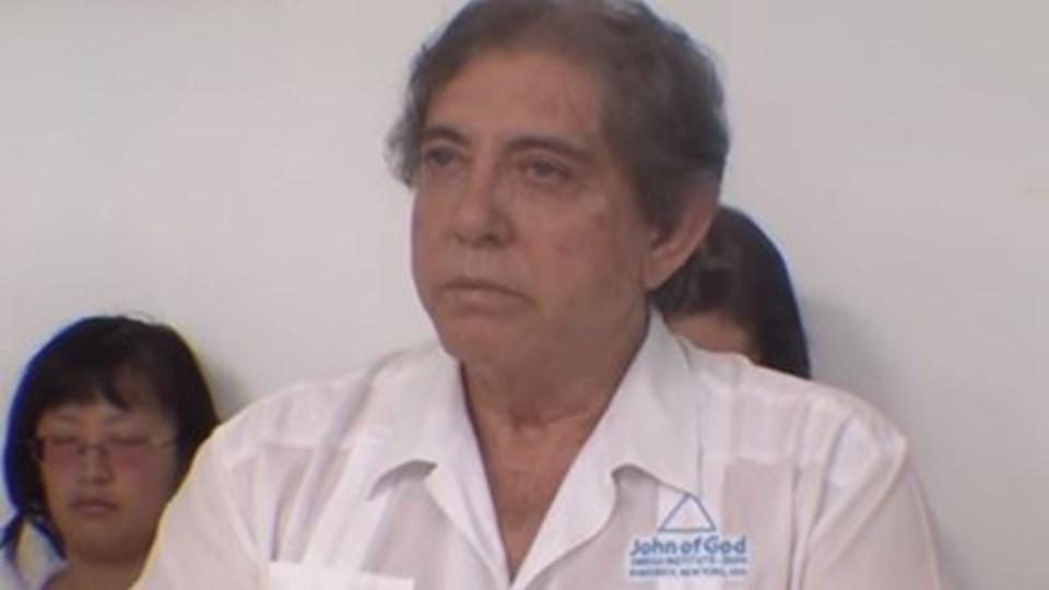 Издирваният за посегателства бразилски лечител е изтеглил 8 млн. евро от сметките си. Изнасилвал и момичета на 10 години
