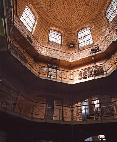 28-годишният мъж, осъден за грабеж, е върнат в софийския затвор. СНИМКА: Архив