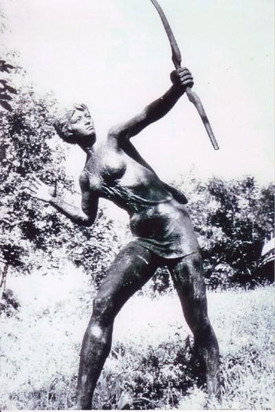 Шестима почетни граждани на Монтана са подкрепили проекта за възстановяването на скулптурата на Диана.