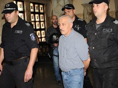 60-годишният Фарук Бекташ избягал от адреса в нощта срещу 31 юли.