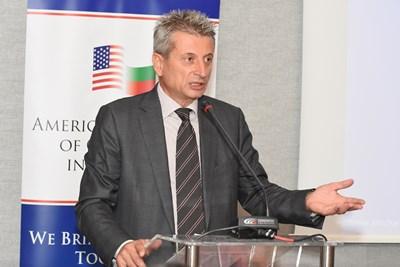 Петър Иванов, изпълнителен директор на Американската търговска камара в България
