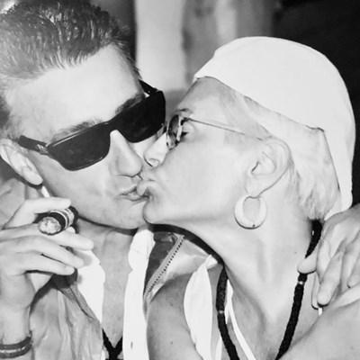 Маринела Арабаджиева публикува тази снимка със съпруга си в инстаграм