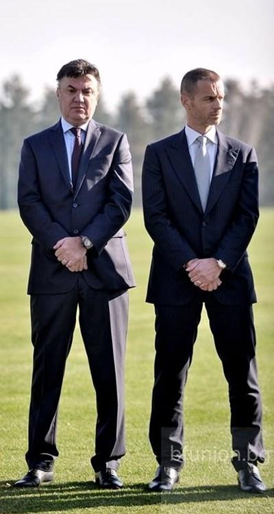 Президентът на УЕФА Александър Чеферин (вдясно) изпрати официално писмо до българския си колега Борислав Михайлов.