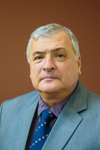 Проф. д-р Валентин Игнатов.