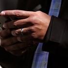 Ровенето в телефона по време на разгорещен спор е признак, че отношенията са обречени.